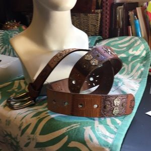 Decorated FOSSIL leather belt👍🏽💡🔝✔️
